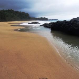 Figura 36. Kauai. Anche con le nuvole le spiagge risplendono.