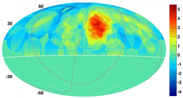 L'immagine mostra la concentrazione di raggi cosmici nell'emisfero nord. Si nota benissimo la macchia calda di cui si parla nel testo. Cosa c'è in quella zona che la rende la più energetica del nostro Universo? Fonte: K. Kawata, University of Tokyo Institute for Cosmic Ray Research.