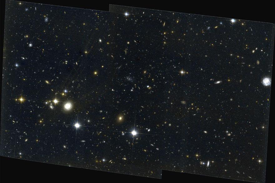 Immagine ripresa da Hubble della regione PKS 1138-262, una di quelle studiate nella ricerca effettuata dal telescopio Subaru. Fonte: NAOJ/HS