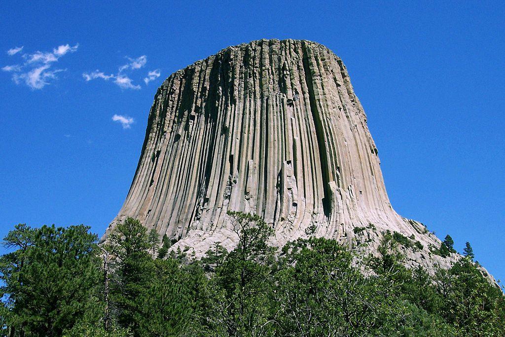 """la Torre del Diavolo nello Wyoming, attore fondamentale del celebre """"Incontri ravvicinati del terzo tipo""""."""