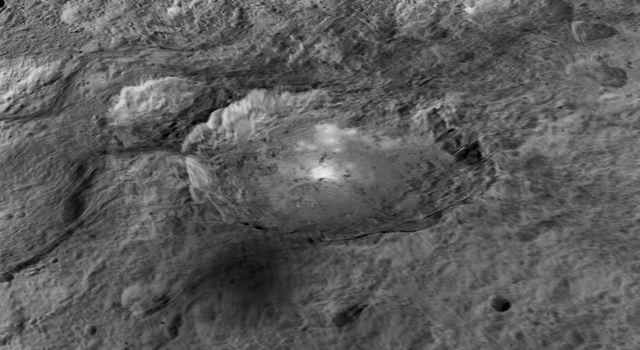 Fonte: NASA/JPL-Caltech/UCLA/MPS/DLR/IDA/LPI