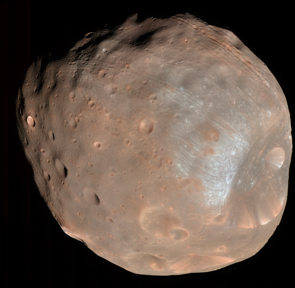 Phobos e le sue strisce. Fonte: NASA/JPL-Caltech/University of Arizona