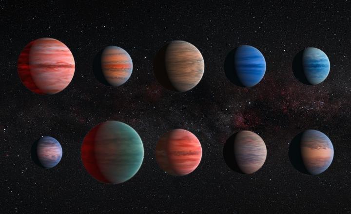 L'immagine mostra una visione artistica dei dieci Giove-caldi studiati nella nuova ricerca. Dall'alto in basso, essi rappresentano: WASP-12b, WASP-6b, WASP-31b, WASP-39b, HD 189733b, HAT-P-12b, WASP-17b, WASP-19b, HAT-P-1b e HD 209458b. Che magnifici colori… chissà come sarà contenta Lucy! Fonte: ESA/Hubble & NASA
