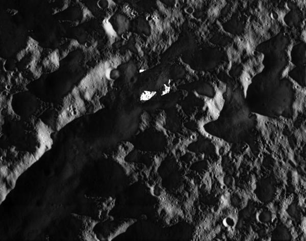 Un passaggio veramente ravvicinato. Fonte: NASA/JPL/Space Science Institute