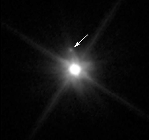 L'immagine della scoperta ottenuta da Hubble. Fonte: NASA, ESA, and A. Parker and M. Buie (SwRI
