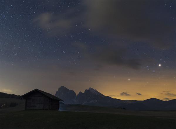 Marte splende nel cielo dell'Alpe di Siusi