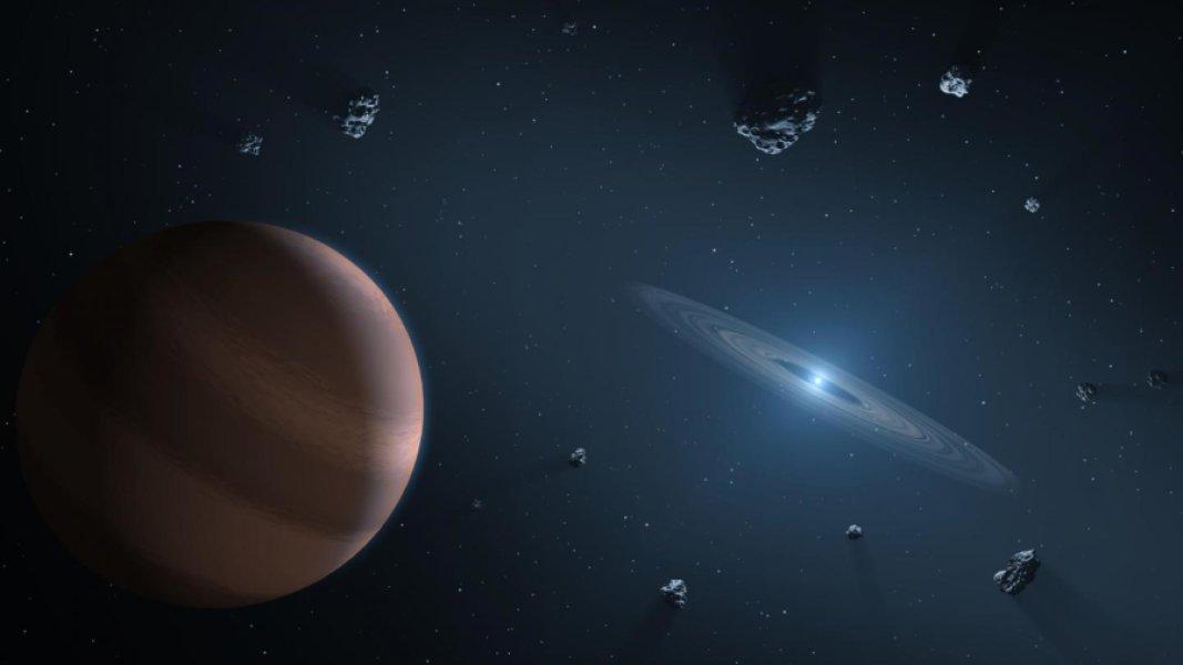 Un pianeta salvatosi per miracolo osserva il disco di detriti che circonda una nana bianca. Fonte: NASA/JPL-Caltech
