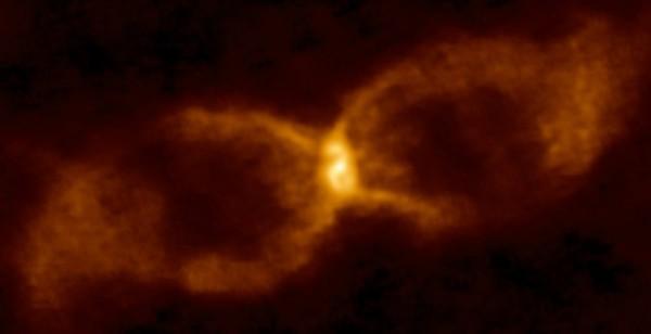 La clessidra che vede l'intervento di una nana bruna. Fonte: Alma (Eso/Naoj/Nrao)/S. P. S. Eyres