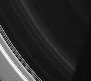 L'anello D, il più vicino al pianeta. Fonte: Cassini