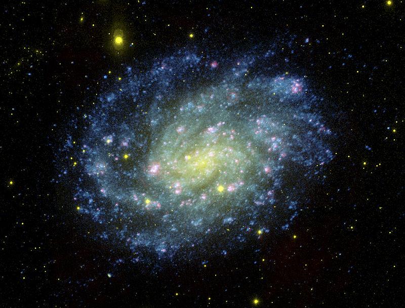 """La galassia NGC 300, un immenso """"calderone"""" cosmico. Fonte: NASA"""
