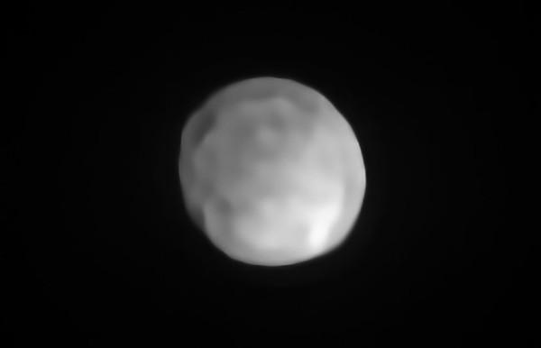 L'immagine di Hygiea ripreda dal VLT dell'ESO. Fonte: ESO/P. Vernazza et al./MISTRAL algorithm (ONERA/CNRS)