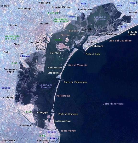 La laguna di Venezia, con le limitate entrate naturali e sapientemente gestite dagli antichi veneziani. Oggi sotto di loro si è fatto tutto e di più-